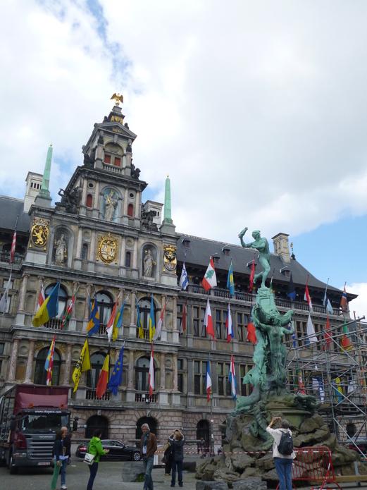 Eat & Drink in Antwerp, Flanders, Belgium